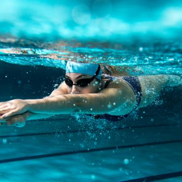 Почему плавание полезнее бега?